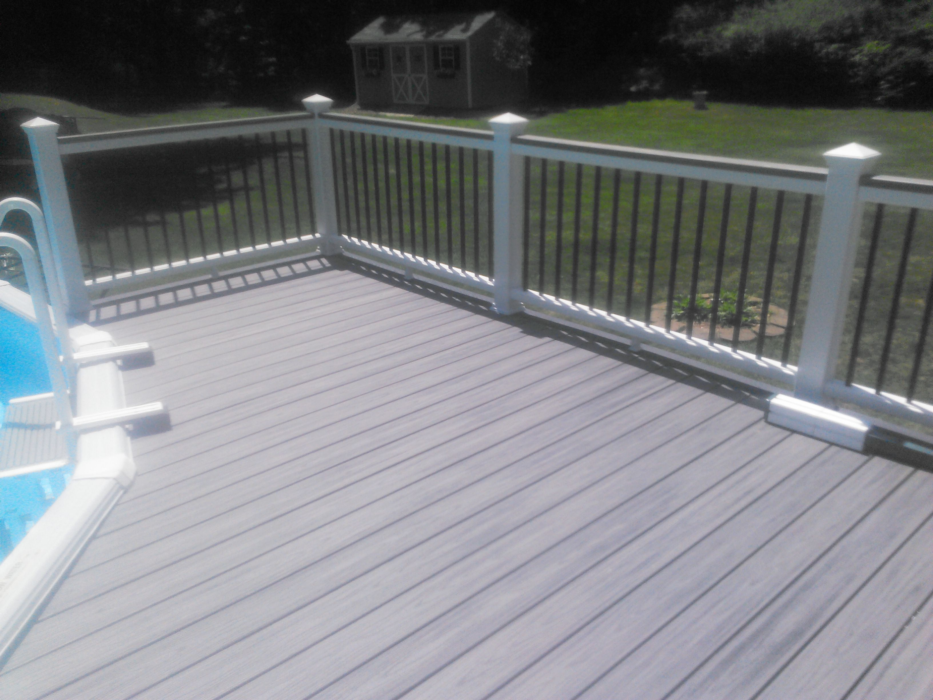Trex deck railing binghamton ny snow 39 s building for Composite deck railing